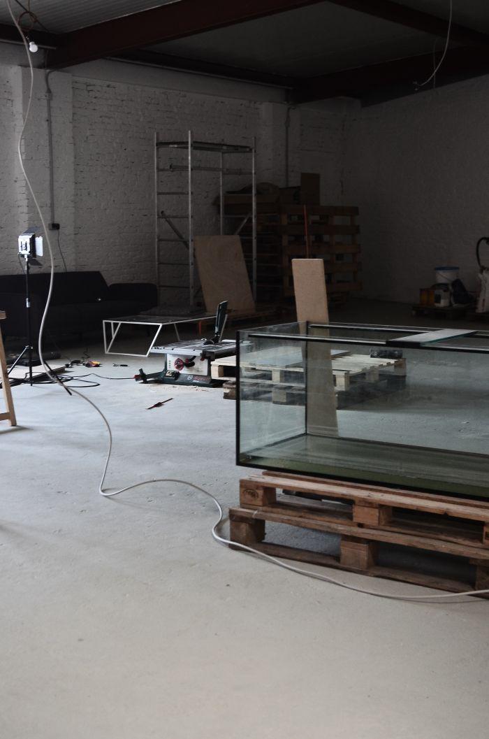 Budowa akwarium ściennego.